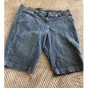 New York & Company Bermuda Jean Shorts Size 16